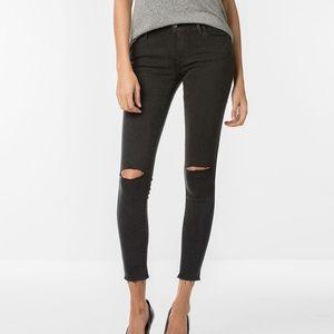 Levis 710 super skinny jeans.